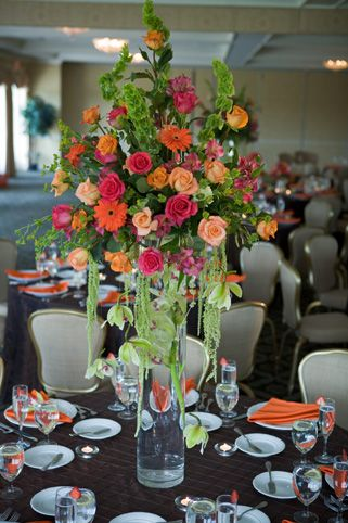 1-wedding-centerpiece-scentandviolet-flowers-gifts-houston-tx.jpg